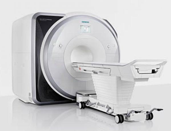 MRI実験室  MRI Experiment Facilities